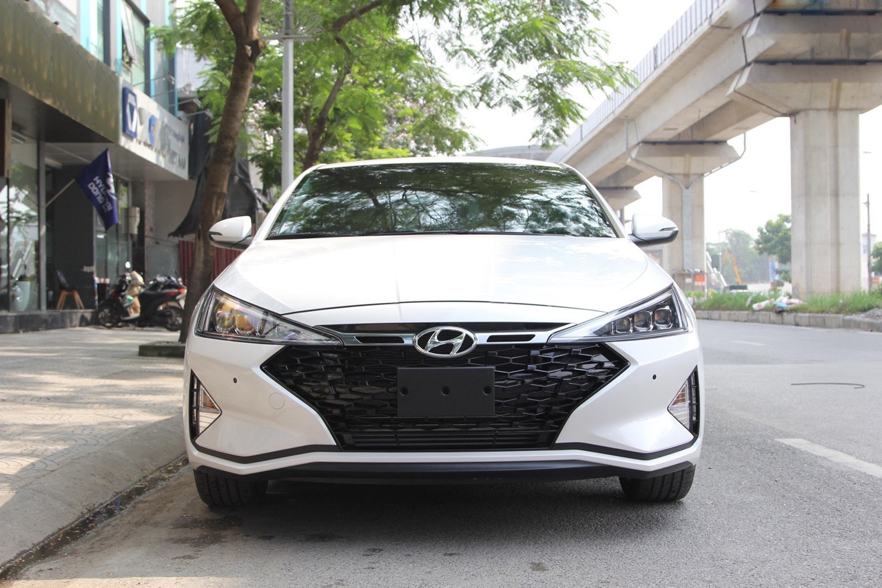 Elantra 1.6 AT Turbo 2019 (1)