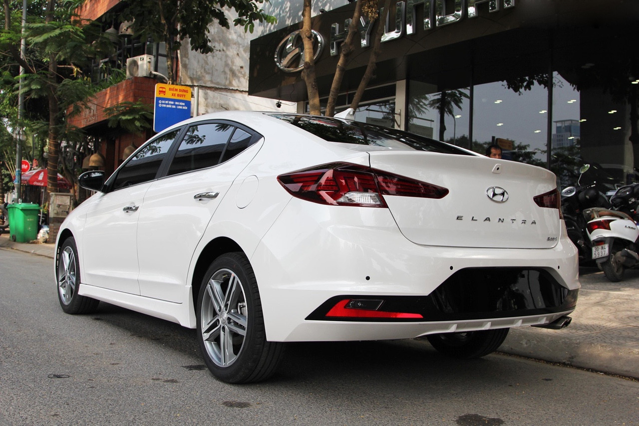 Elantra 1.6 AT Turbo 2019 (3)