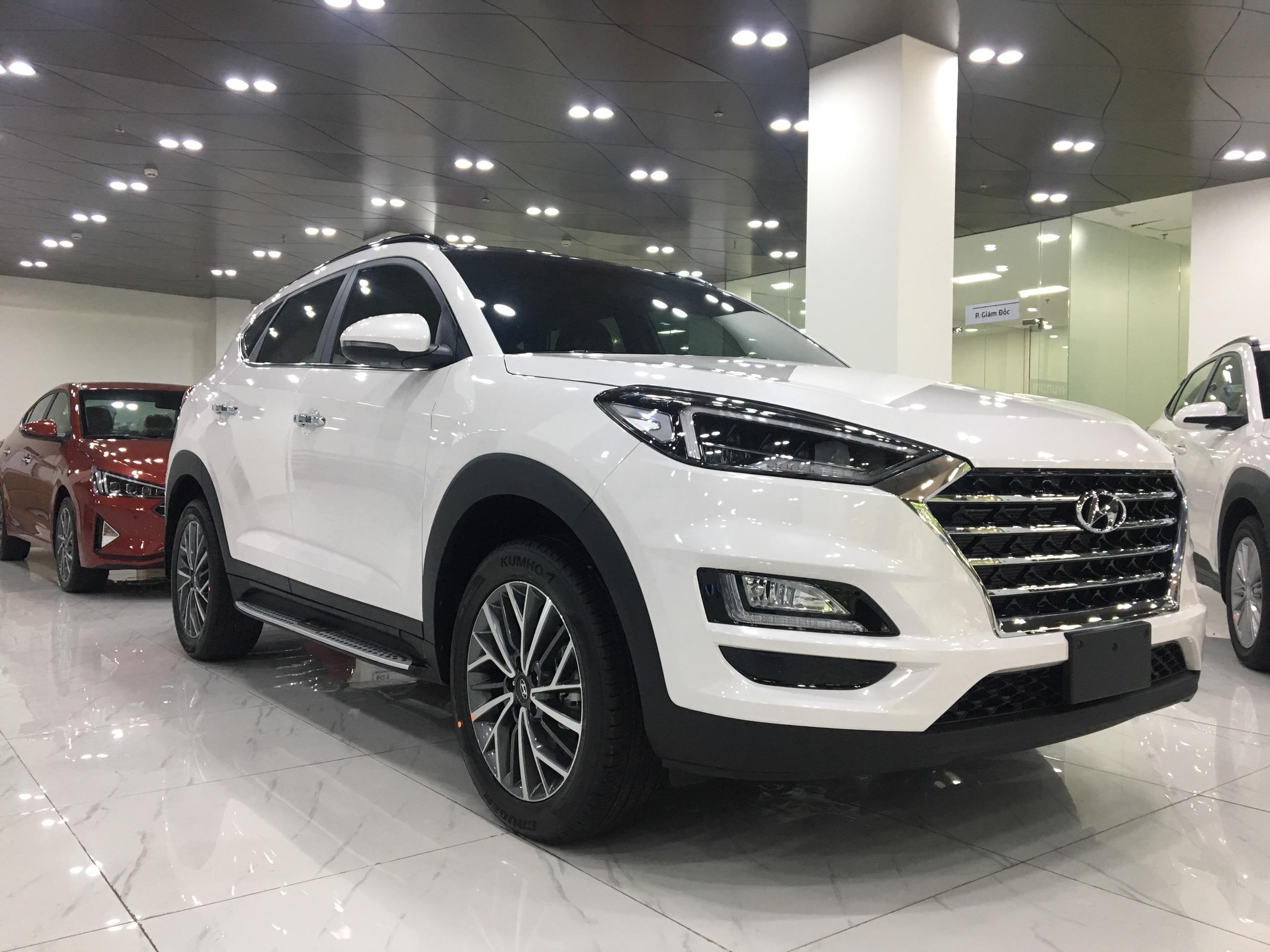 Hyundai Tucson 2.0 AT Đặc biệt 2019 (2)