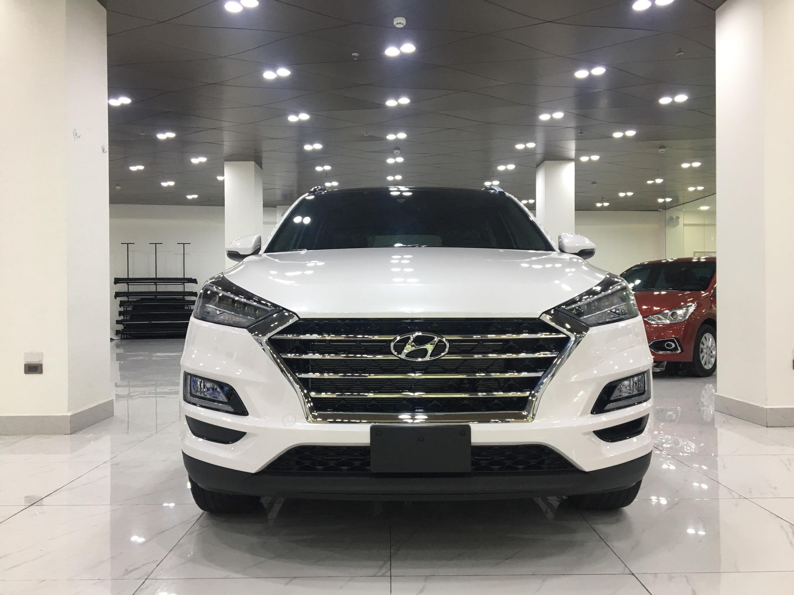 Hyundai Tucson 2.0 AT Đặc biệt 2019 (3)
