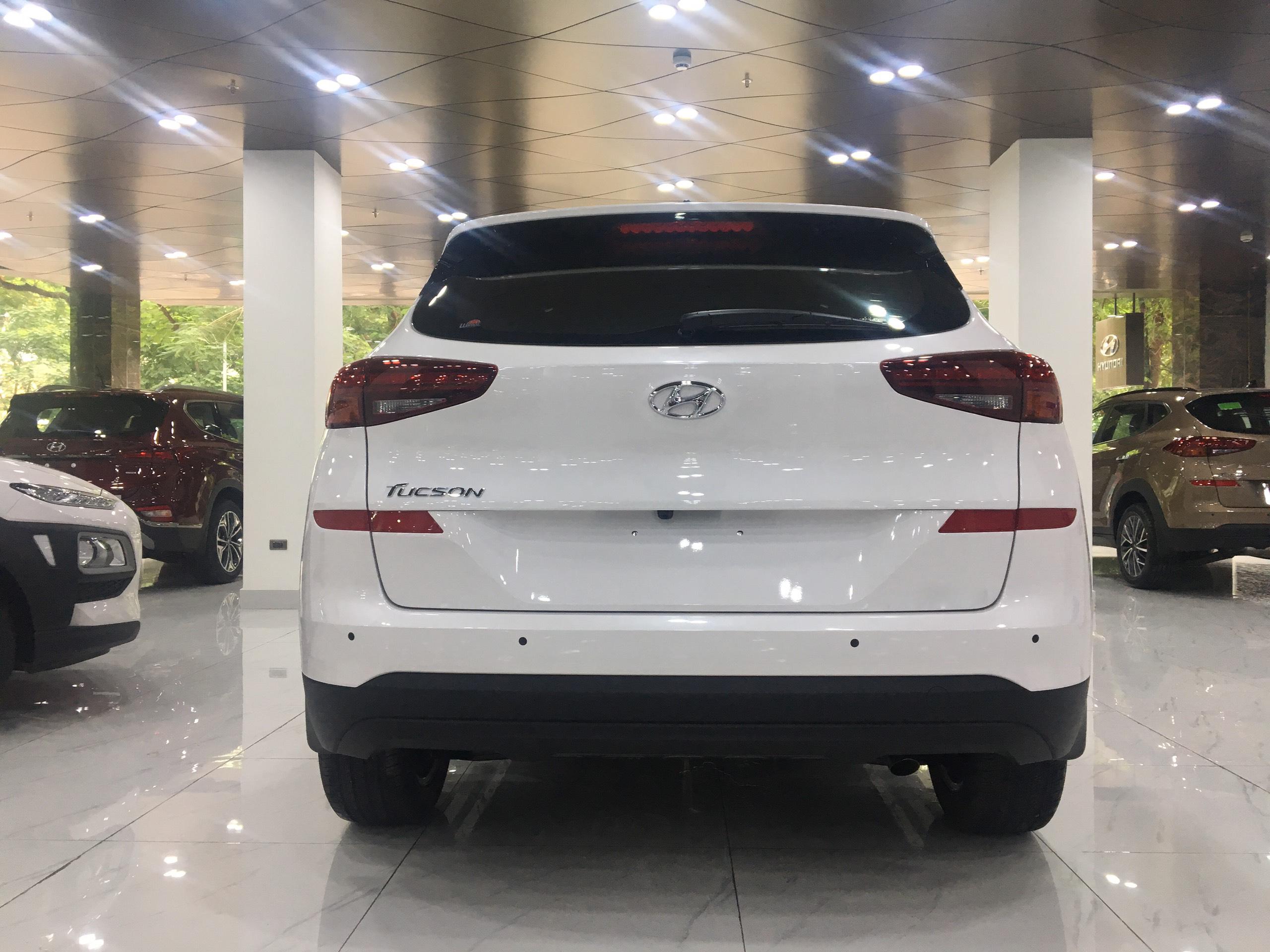 Hyundai Tucson 2.0 AT Đặc biệt 2019 (4)