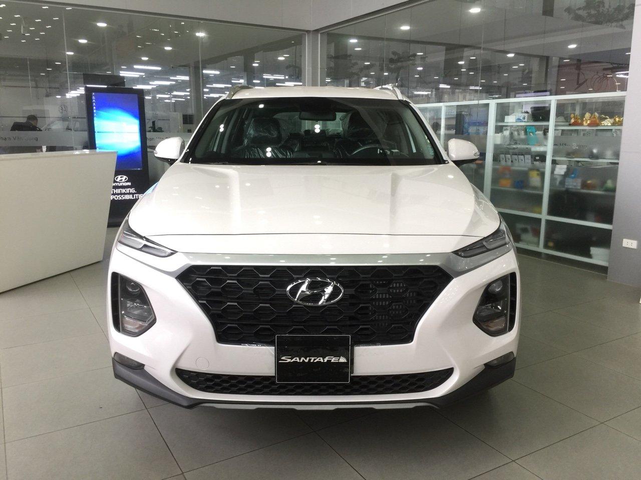 Hyundai santafe 2.2 máy dầu tiêu chuẩn (2)