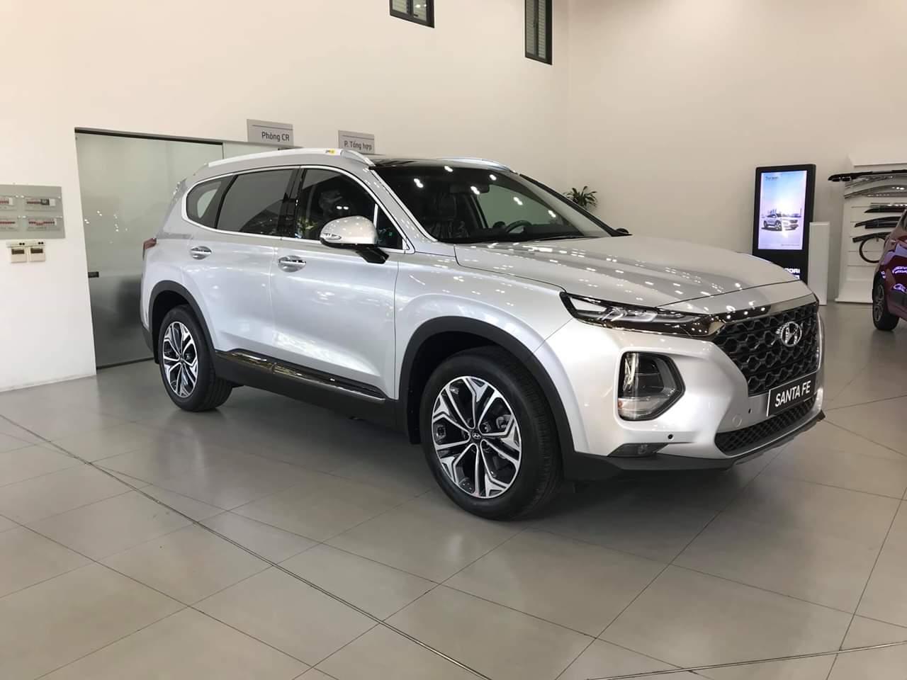 Hyundai santafe 2.4 xăng đặc biệt 2019 (2)