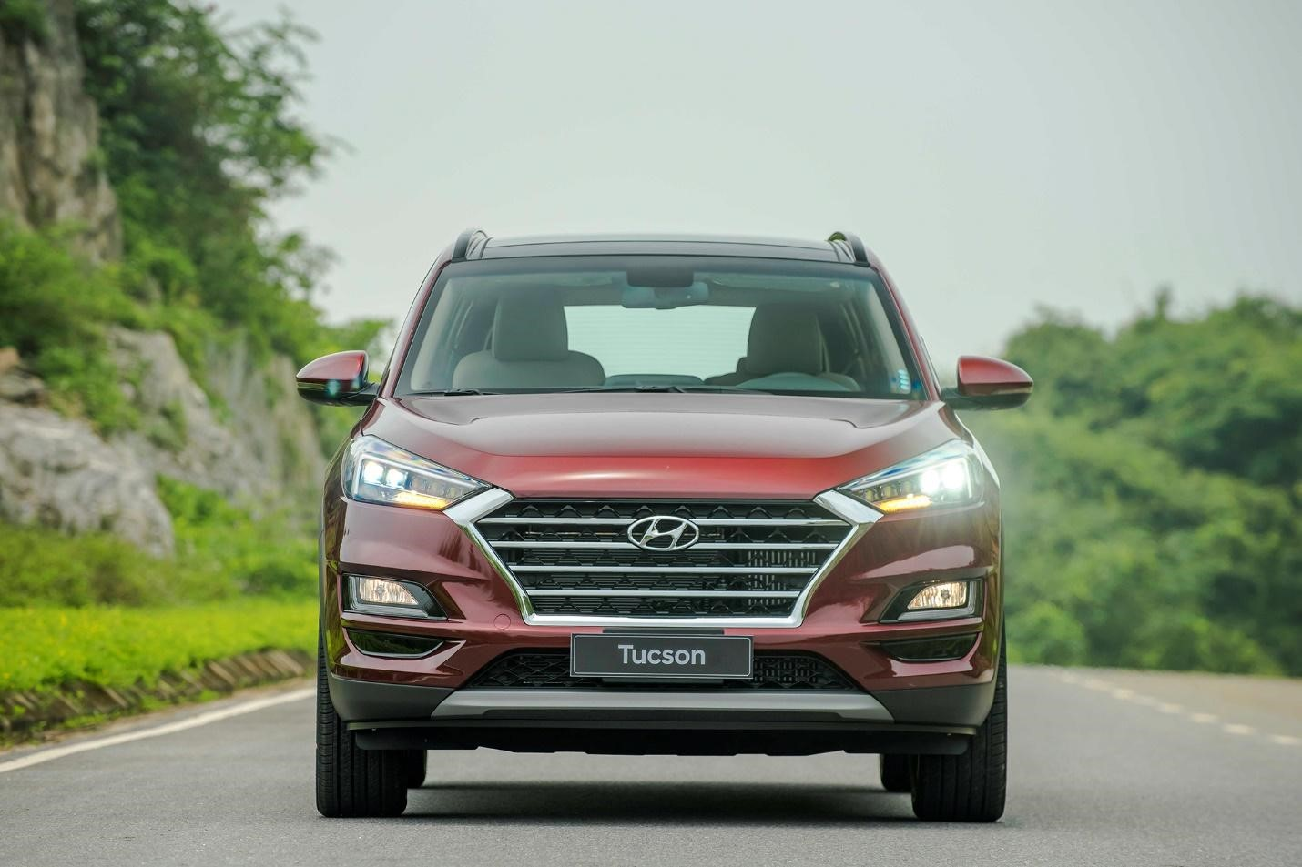 Báo giá xe Hyundai Tucson 2.0 turbo dầu mới nhất 2019