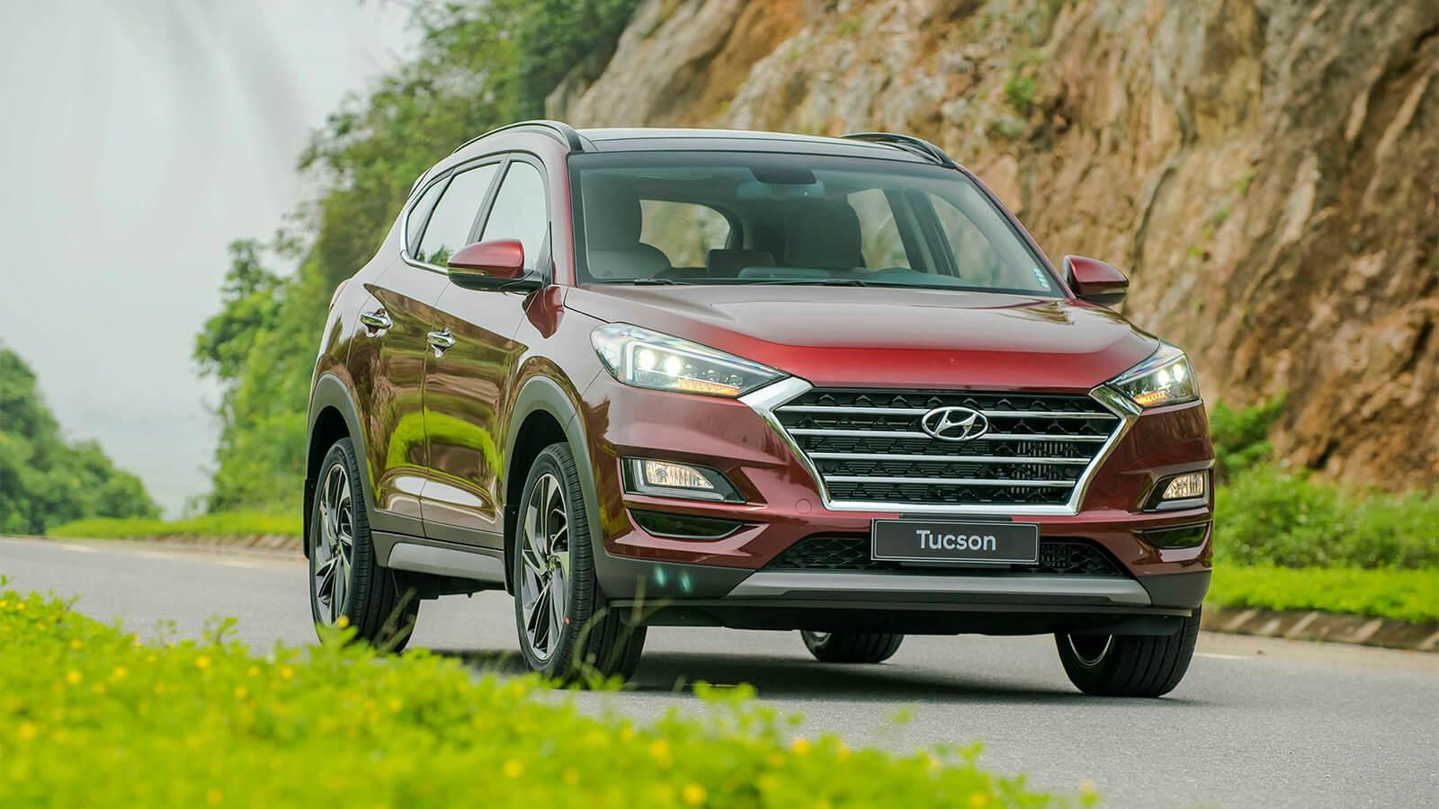 Báo giá xe Hyundai Tucson 2.0 xăng bản đặc biệt mới nhất 2019